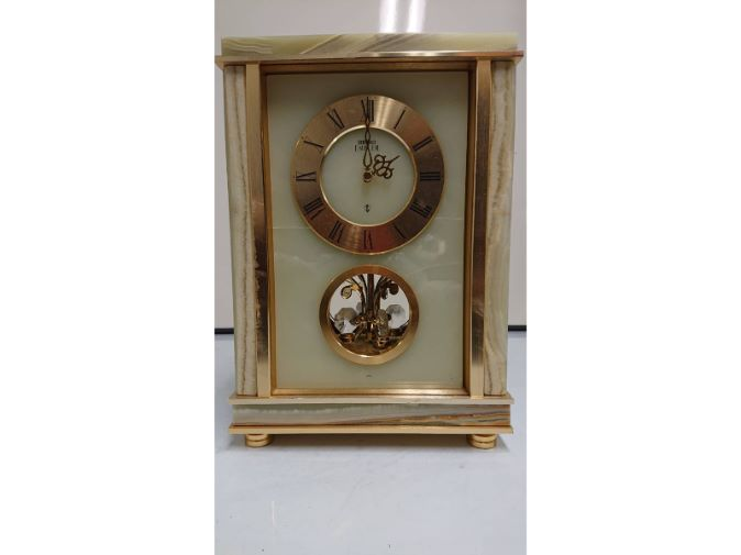 SEIKO EMBLEM 置時計
