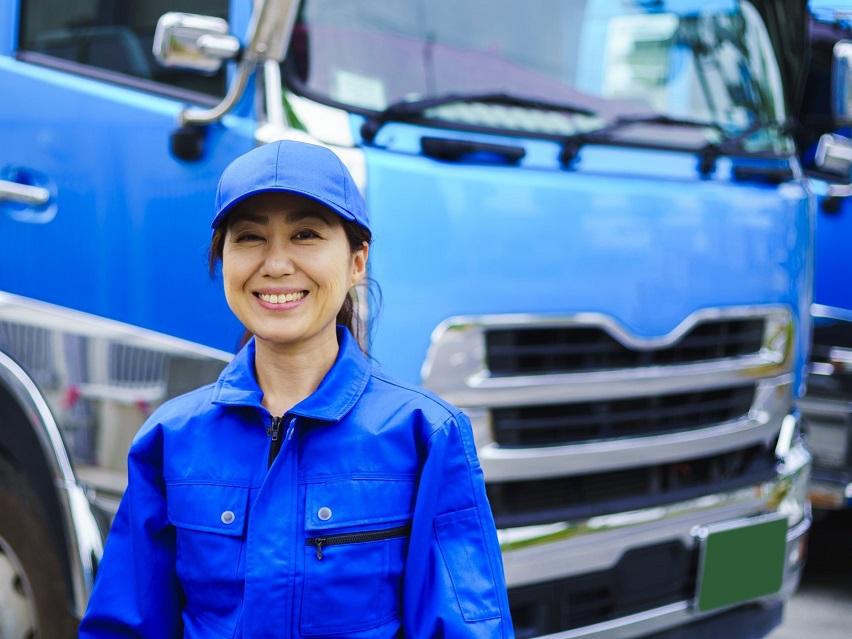 笑顔の遺品整理ドライバー