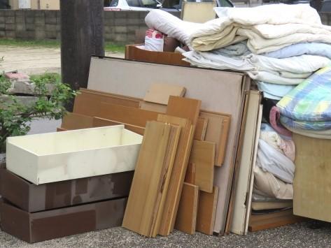 遺品整理された家具