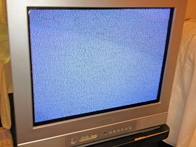 砂嵐が写ったテレビ